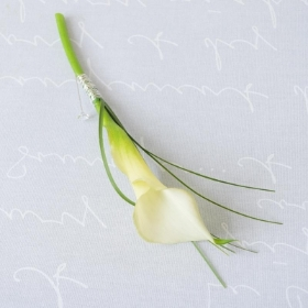Calla lily button hole